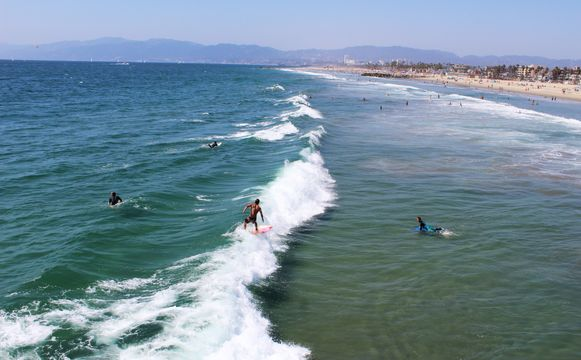 How surf camp for the beginners is good to improve life?