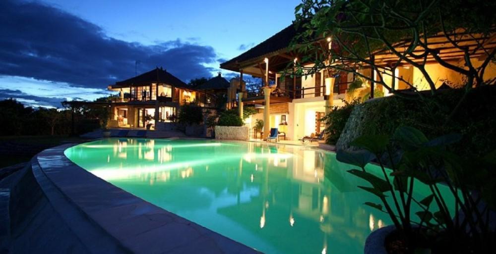 comfortable Nusa Dua villas