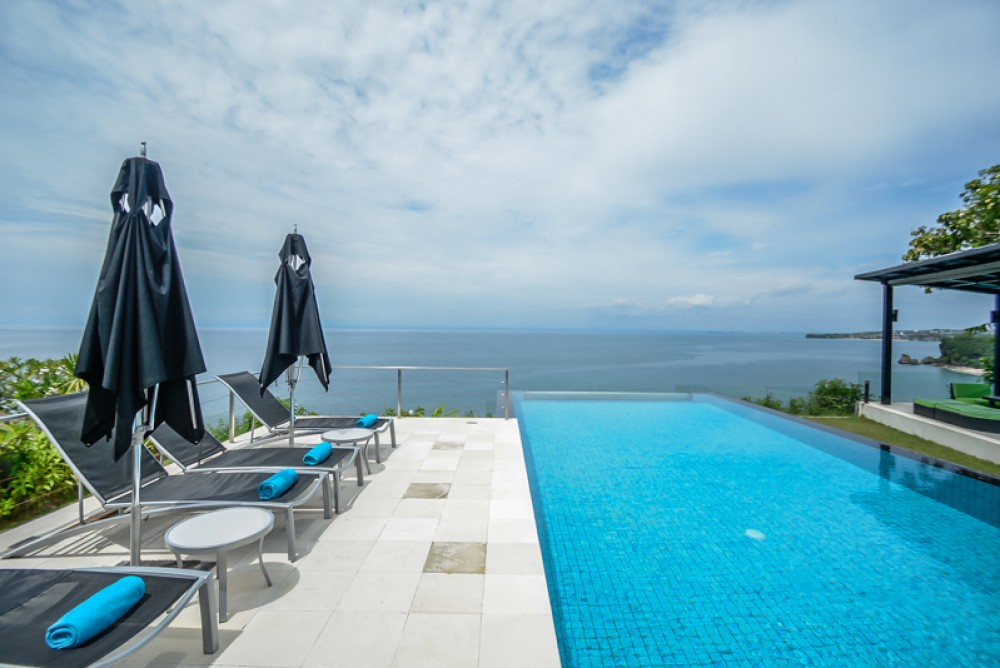 Infinity Pool is the Asset of Many Luxury Bali Villas